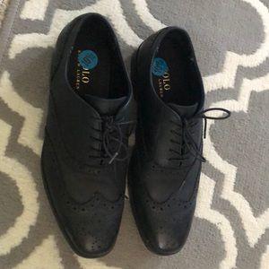 Men's dress shoe